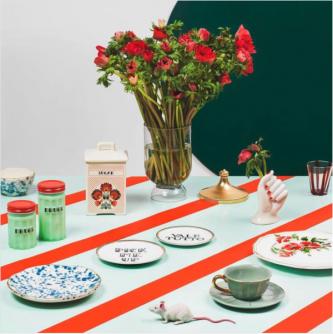 Kleurrijke tafel